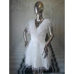Tiulowa sukienka w kropeczki